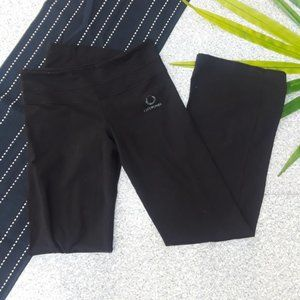 {Lululemon} Black Groove Yoga Pants Wide Leg 6